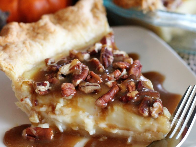 Egg Custard Pie with Praline Topping